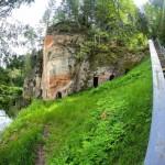 Топ-12 скал, пещер и утёсов в Национальном парке «Гауя»